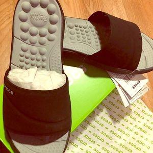 Crocs Reviva Slides